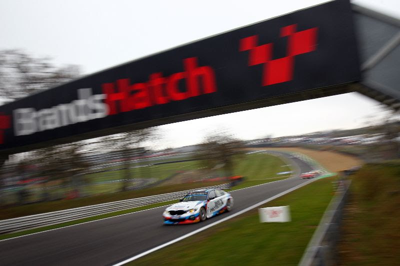 Team BMW's new 330i M Sport makes strong debut in qualifying at Brands Hatch