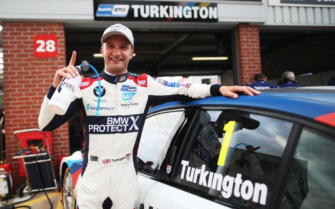 Colin Turkington on stunning Oulton Park pole for Team BMW
