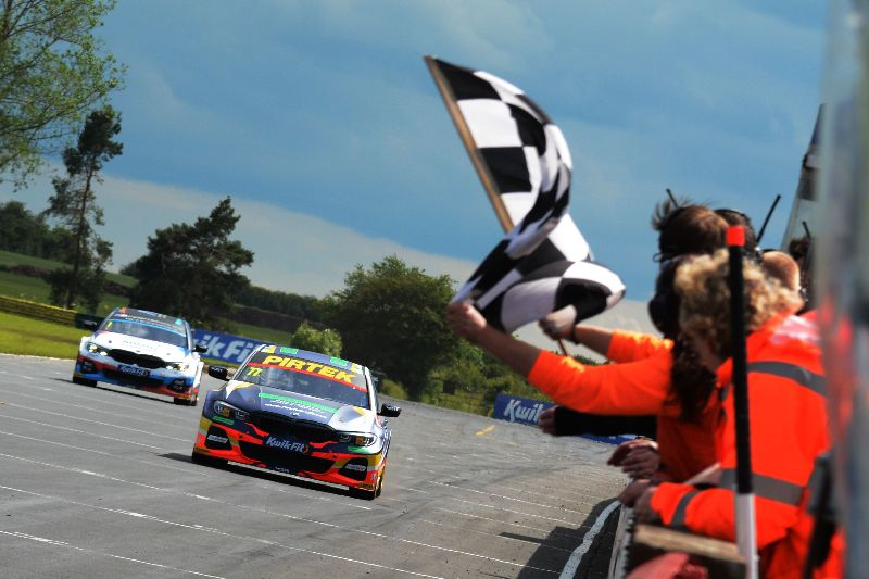 Dominant double for BMW Pirtek Racing at Croft