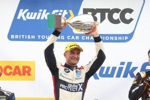 turkington wins snetterton