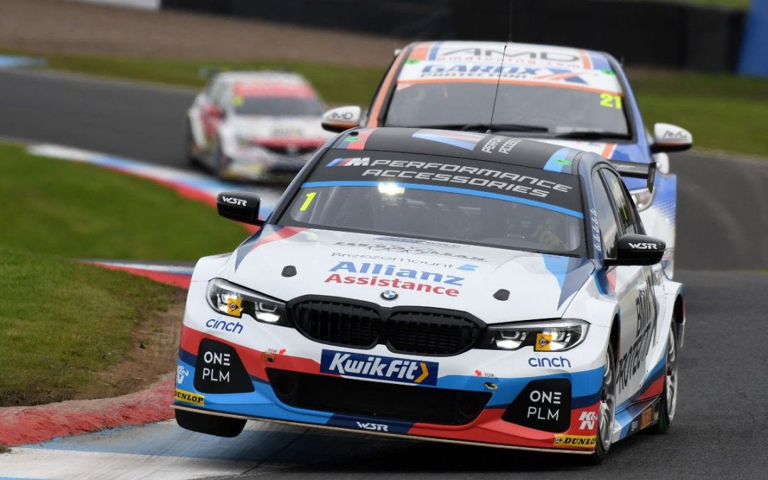Team BMW inside top 10 in ultra-competitive Knockhill qualifying
