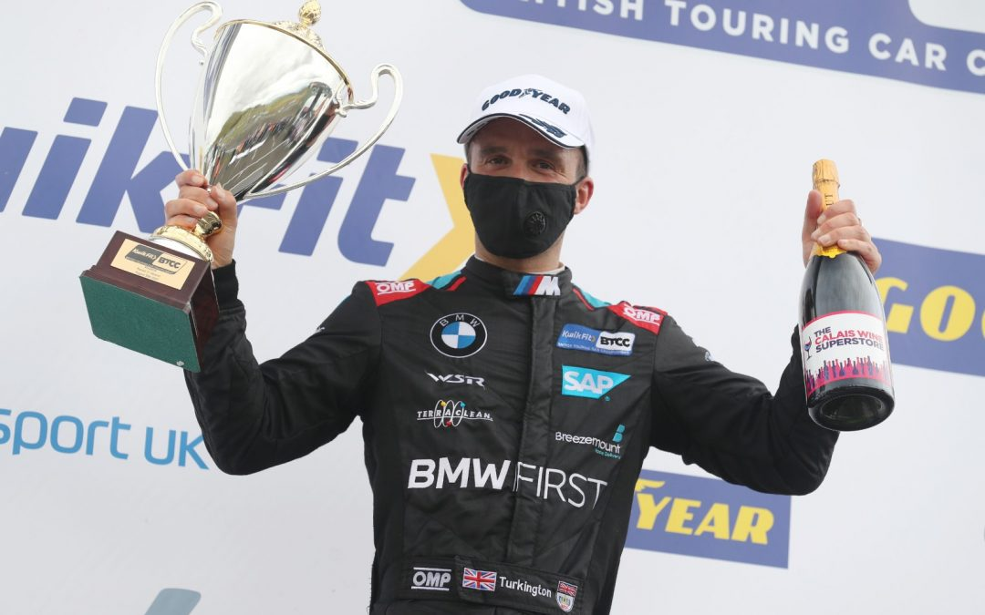 Knockhill podiums keep Team BMW on top of title race